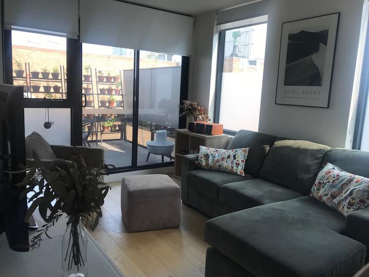 Fitzroy North Apartment