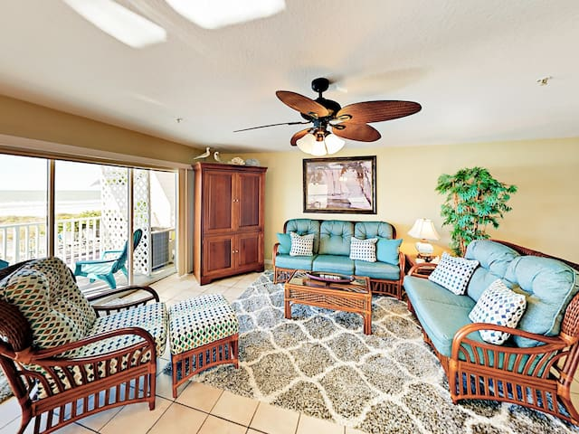 Welcome to Indian Rocks Beach! This condo is professionally managed by TurnKey Vacation Rentals.
