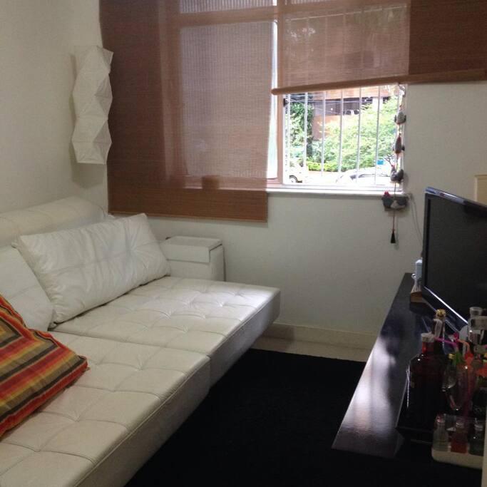 Quarto 1 sofá cama, TV