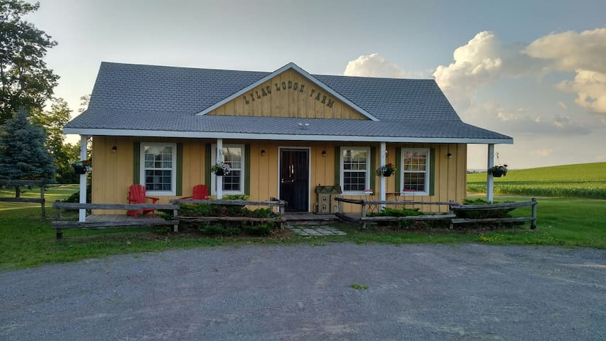 Country Cottage located near Rice Lake, ON