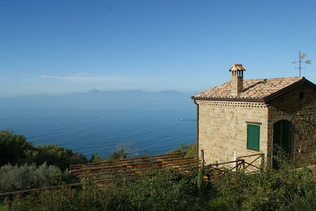 CILENTO PANORAMIC COUNTRYHOUSE ON THE SEA - San Marco - Haus