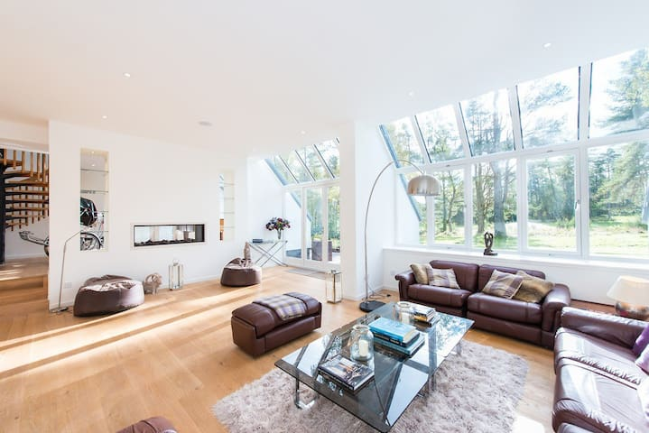 Large Contemporary House in Gleneagles Hotel