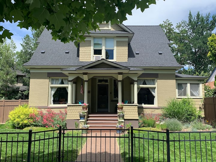 Historic Home, Modern Comforts, Close to Downtown