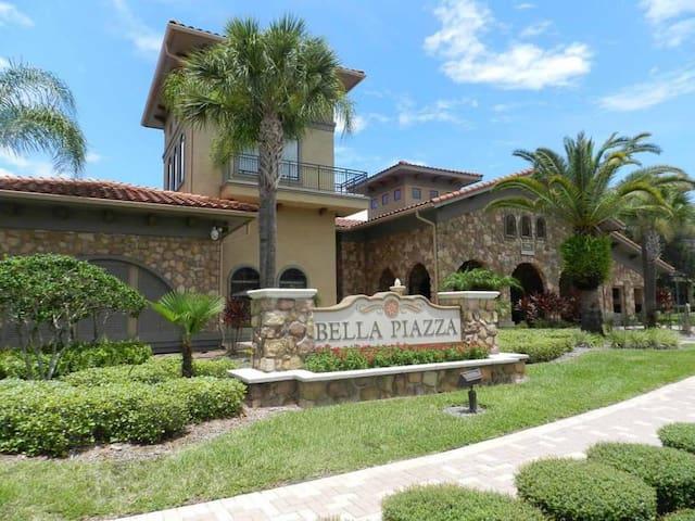 New Perfect Disney Davenport Bella Piazza Resort