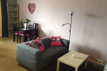 Appartement agréable - Berchem-Sainte-Agathe - Daire