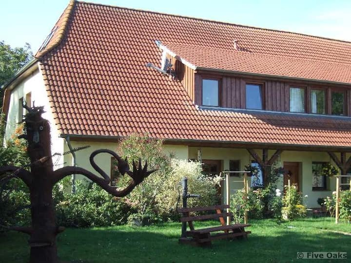 Five Oaks 'Die Grüne Wohnung'