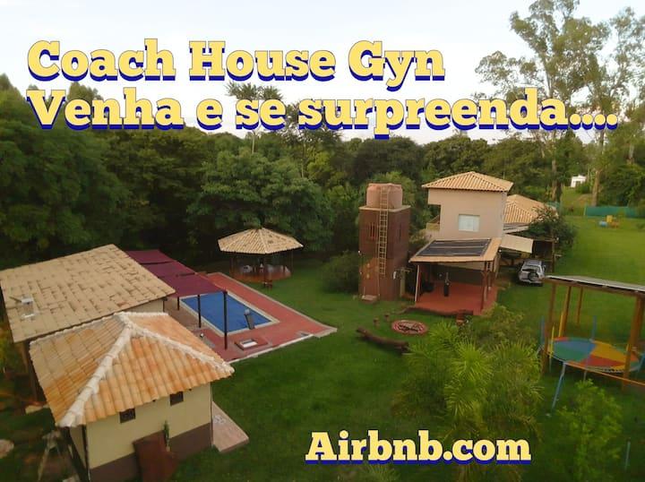 Coach House Gyn -  (Festas e pequenos eventos)