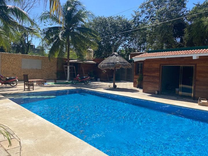 Villas Oxtankah 1  Frente a la bahía