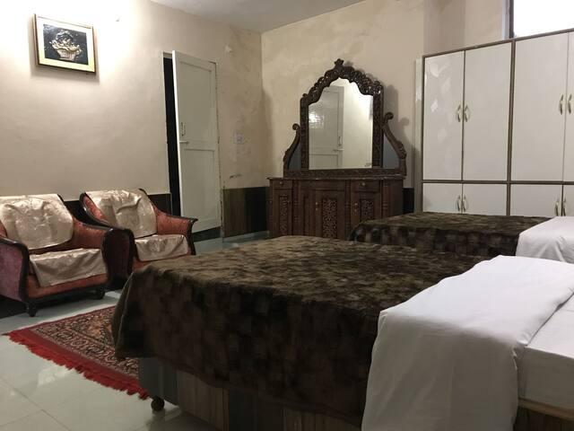 Pine view room @ Ketav's Abode