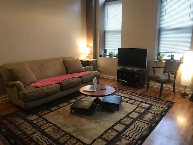 Comfortable Private Room in Perfect Location