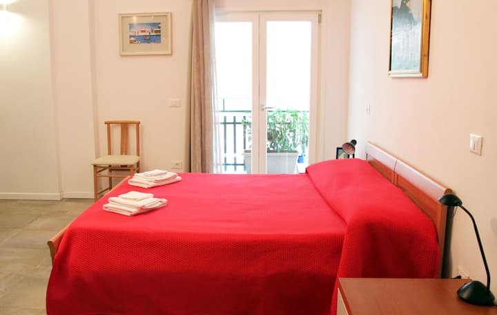 New Apartment 2 Minutes Walking from Garda Lake