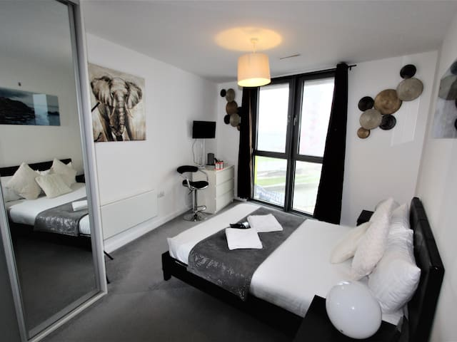 Olympic Rooms - Double Comfort Ensuite