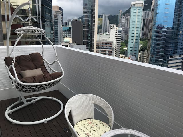 Central Unique Triplex Apartment 2BR Balcony &Roof