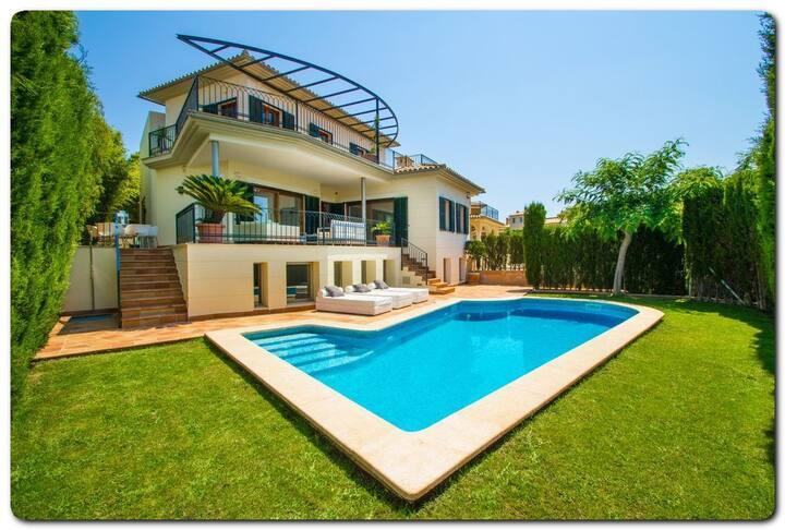 Villa con piscina privada Vistas al Golf