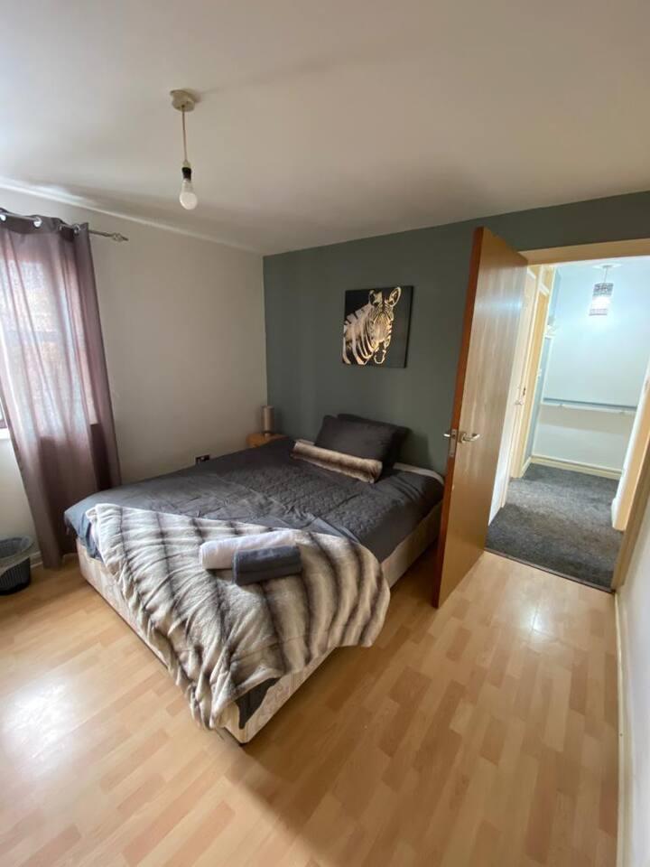 Cosy Prestine Serviced Apartment