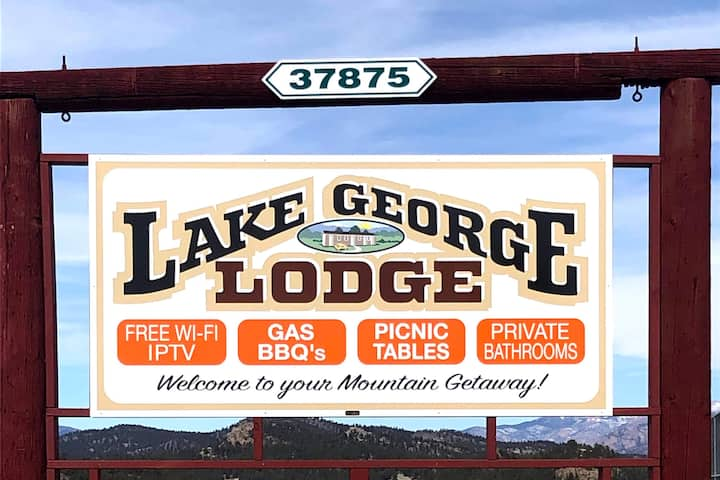 Lake George Lodge NOMINAL cleaning fee !