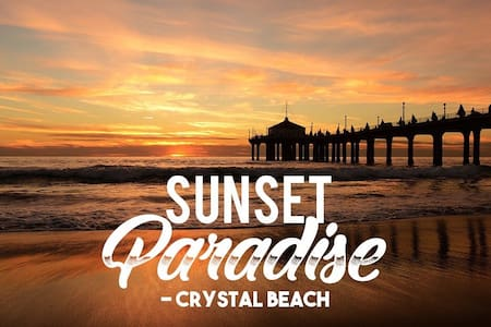 Sunset Paradise - Crystal Beach Getaway Suite.