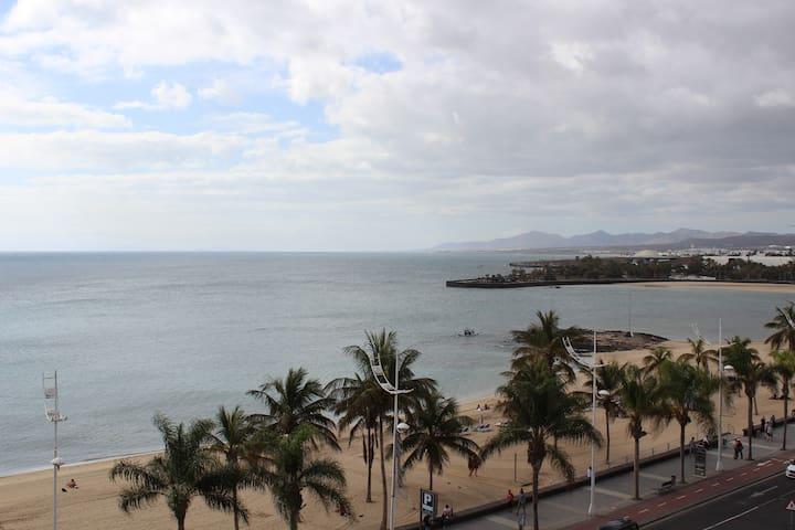 LUJOSO PISO VISTAS AL MAR - Arrecife