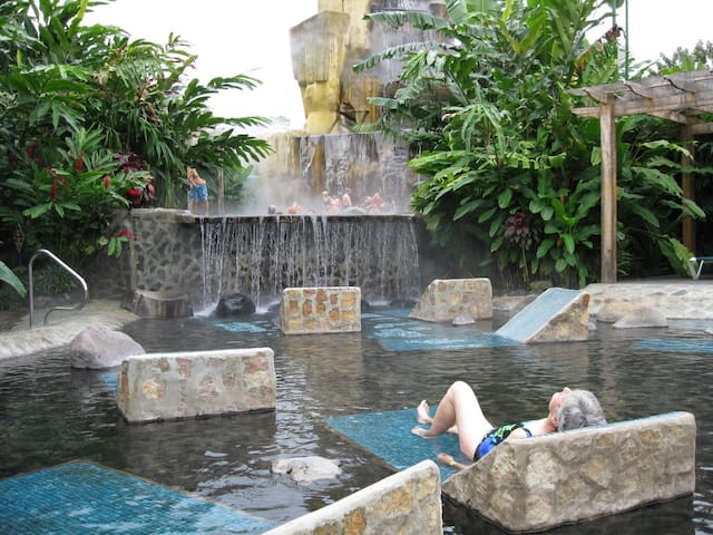 Baldi Hotsprings all Day Access + Dinner $40 - San Carlos - Altro
