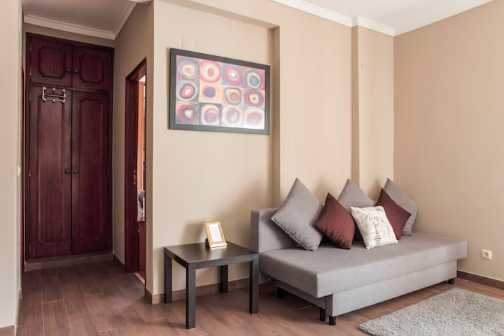 Cosy Apartment @ Lisbon South Bay