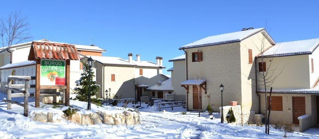 Villino D Campofelice/Rocca di Cambio