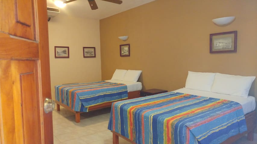 Sun Suites Cozumel - Deluxe Twin Room #1