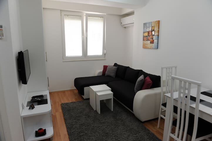 DeLuxe Apartments Ohrid