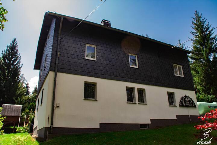 "FeWo ""Eulennest"" im Osterzgebirge"