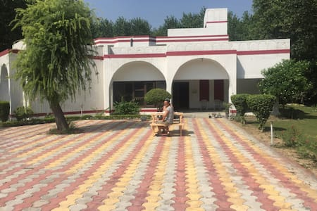FARM STAYq - Amritsar - Huis