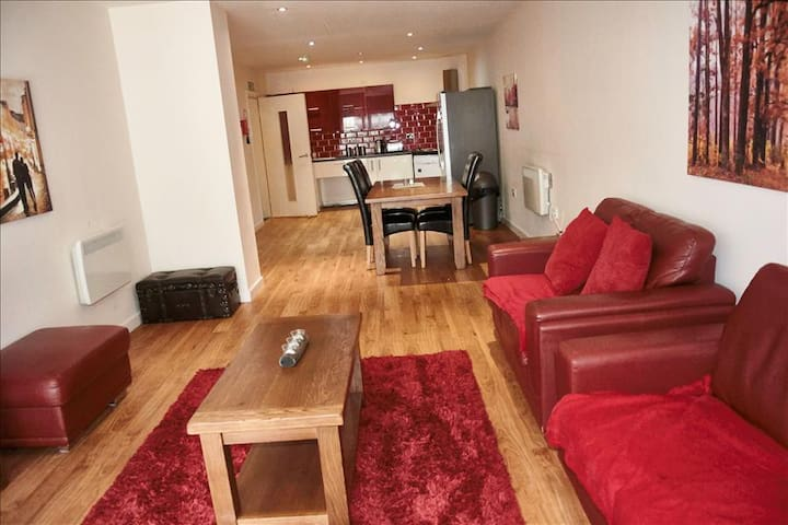 LENNON SUITE 4 BEDS/4BATHS LIVERPOOL SLEEPS 11*** - Liverpool - Appartement