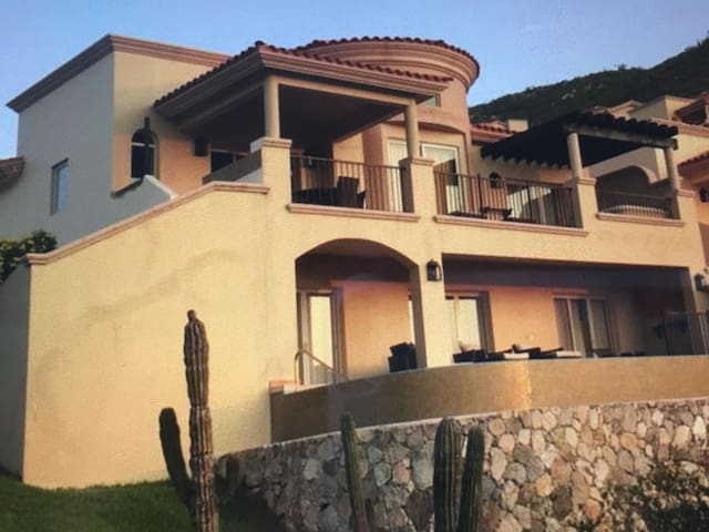 Monte Cristo Luxury Villa Ocean View