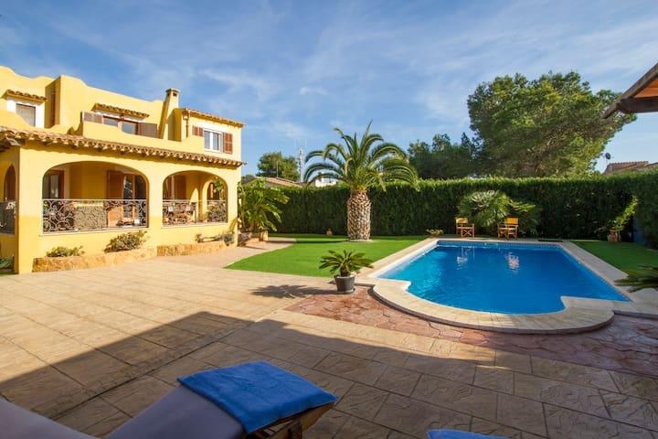 Garonda - Cozy Chalet with pool - Cala Pi - Dom