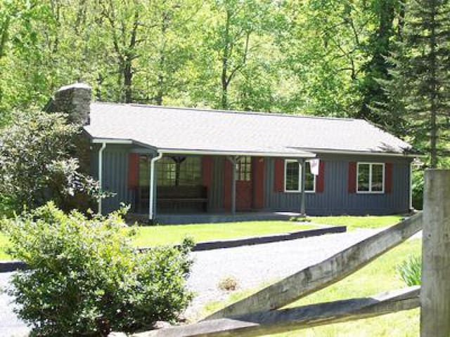 Pet Friendly 3BR in Blue Ridge Mountains