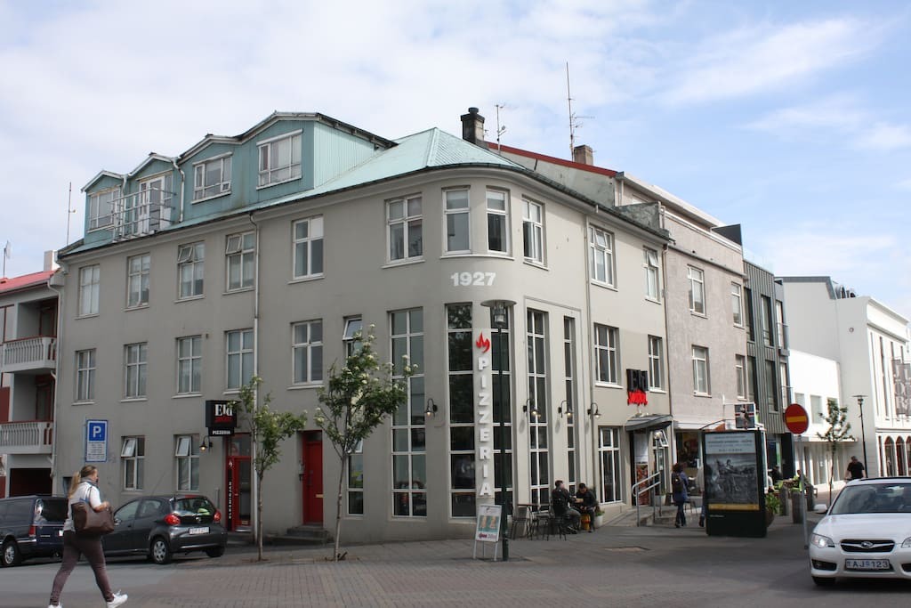 The apartment is on the main shopping street