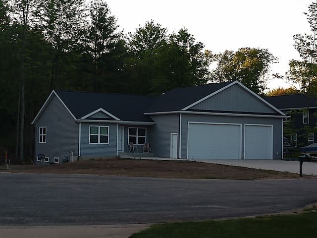 Newer Modern House in a Hometown Neighborhood