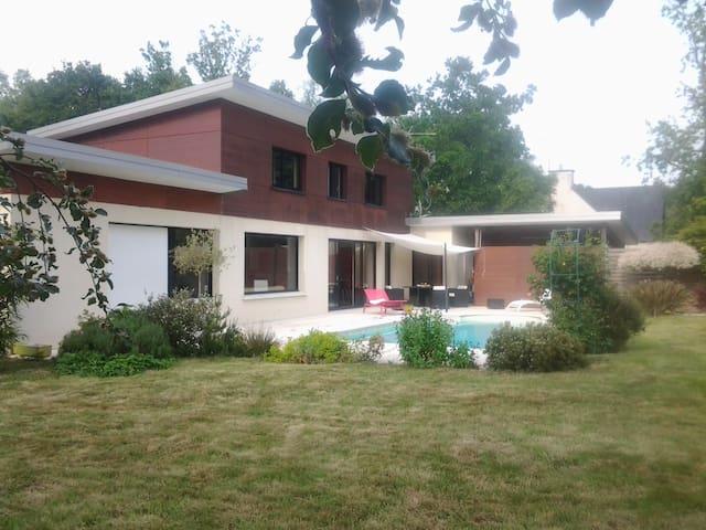 Maison contemporaine près de Dinan - Bobital - Dom