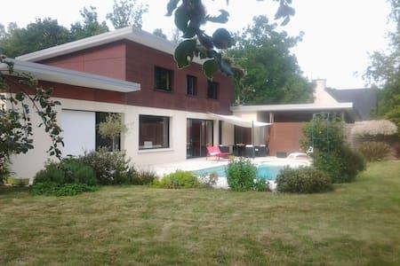 Maison contemporaine près de Dinan - Bobital