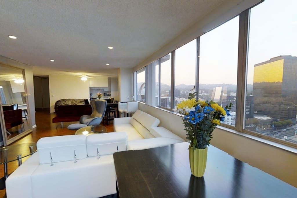 Enjoy a cup of coffee or glass of wine overlooking 200 degree view of Los Angeles CA