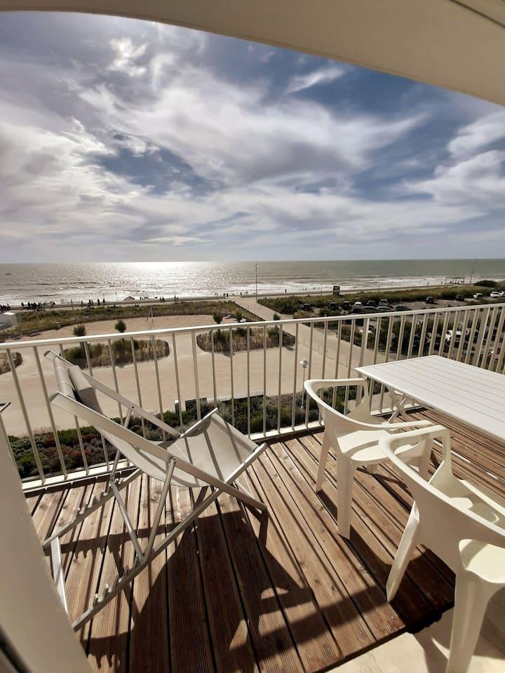 Appartement  avec balcon et  vue sur l' Océan