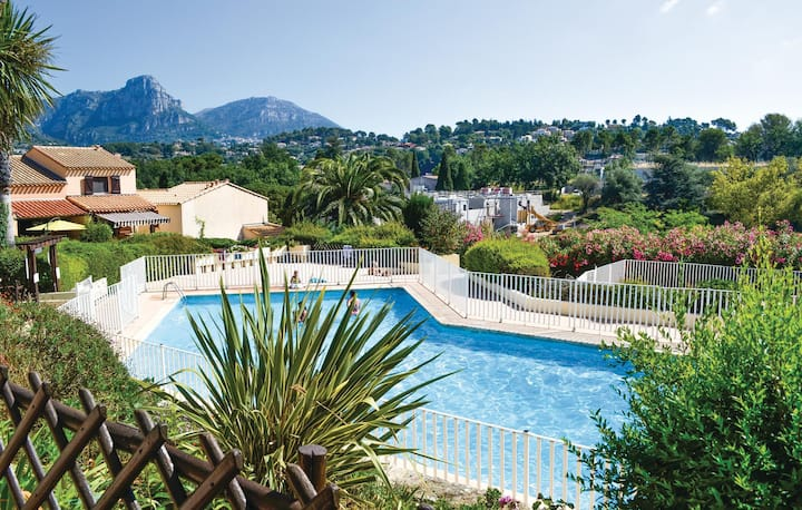Nice home in Vence with WiFi and 3 Bedrooms