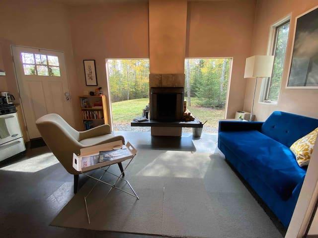 Lamoine Modern Guest House