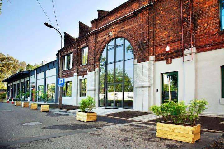 SOHO Factory 2