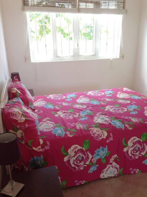 chambre priv e la preneuse black river maisons louer port louis rivi re noire district. Black Bedroom Furniture Sets. Home Design Ideas