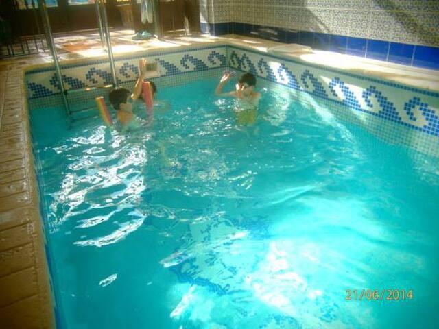 El Horno de Leopoldo 5 hab y piscina climatizada