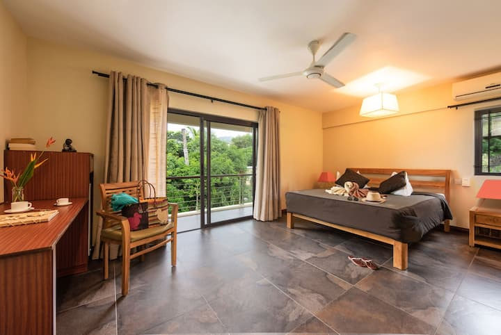 Superior Room - Mountain & Ocean View with Pool