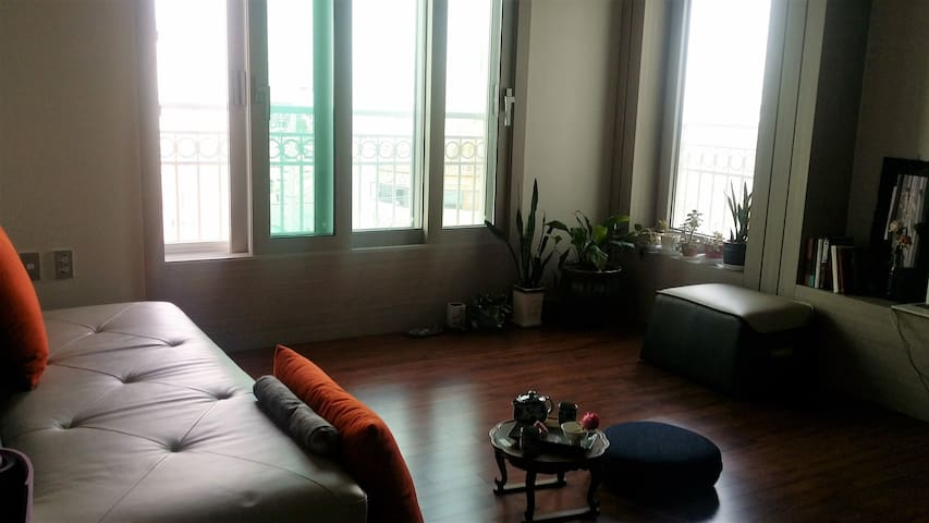 Conveniently located New & Mordern 연인과 가족을 위한 공간 - Gunsan-si - Appartement