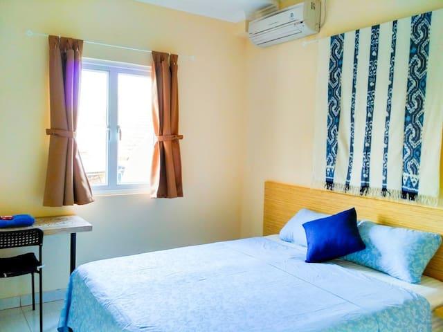 (NEW) 1 Cozy room at Omah Wienna Homestay B