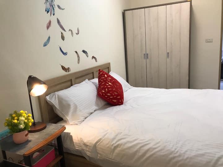 美崙高爾夫旁兩房電梯公寓、經濟實惠的價格享受專屬獨立空間,可住2~6人,一天一組客人