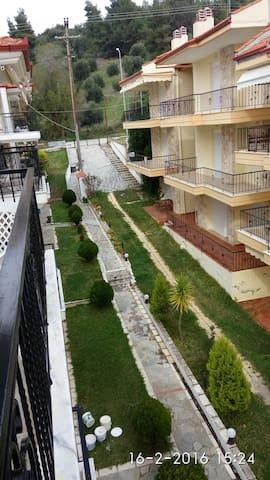 Ενοικιάζεται διαμέρισμα - Nea Skioni - Ev