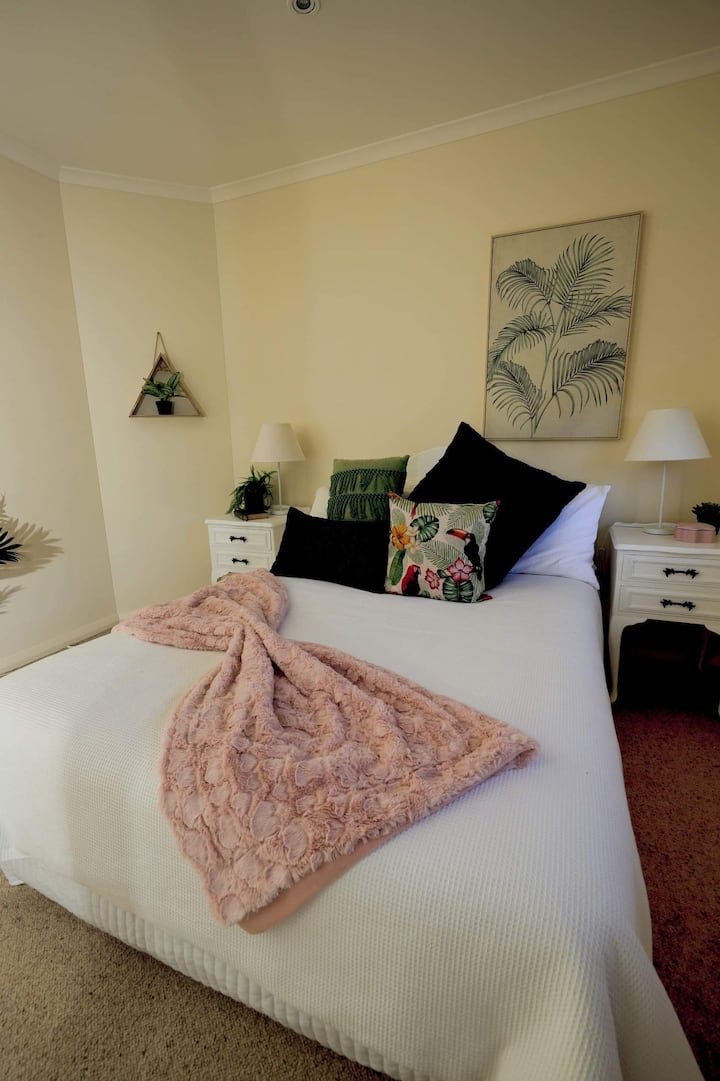 Beautiful 2 bedroom Shared home Nelson Bay